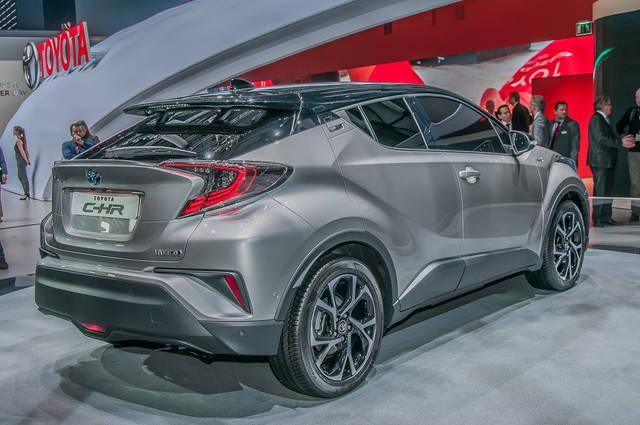 Toyota C-HR: si avvicina alla produzione