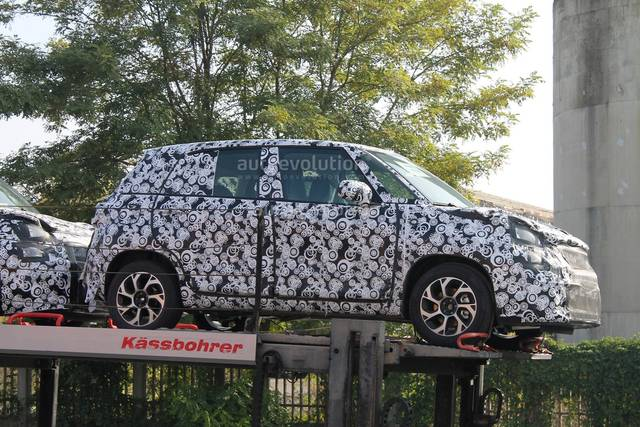 Fiat 500L: restyling in vista