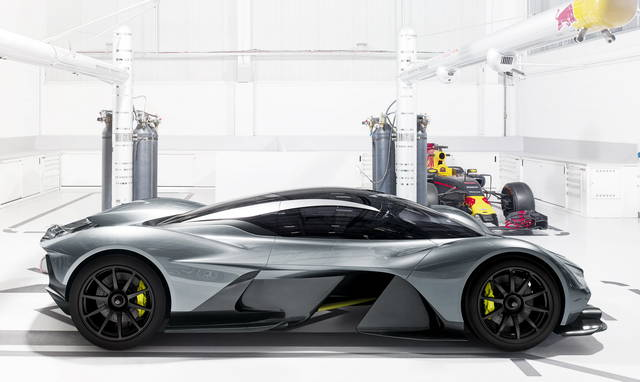 aston martin e red bull: tutte esaurite le am-rb 001