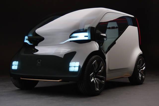 Honda NeuV, la citycar per la mobilità condivisa