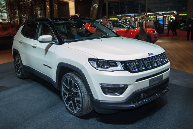 Jeep Compass: debutto in Europa