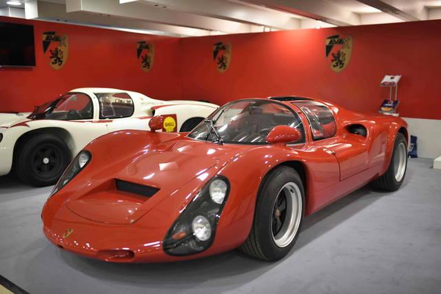 La Porsche 910 (replica) diventa elettrica