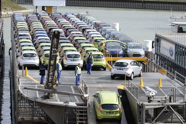 Ford: 1.400 esuberi in Asia e Nord America