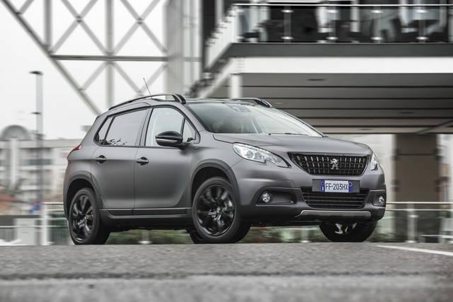 Peugeot 2008: torna la versione Matt Black