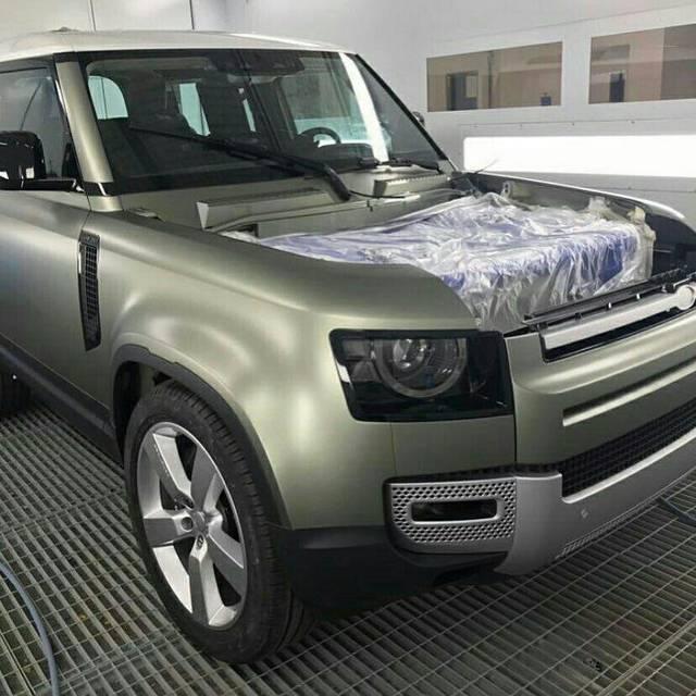 Land Rover Defender 2020: Diamo Una Sbirciatina