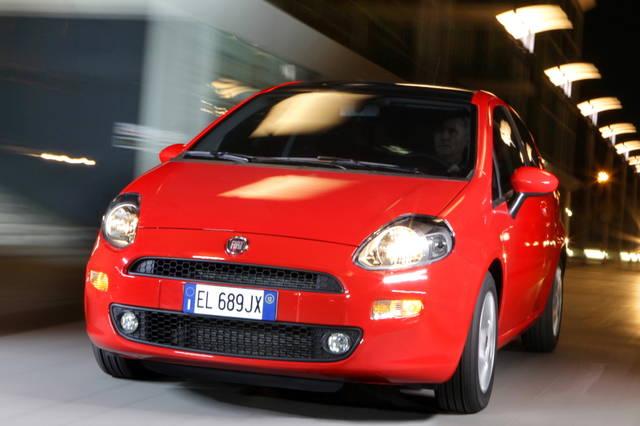 Situazione FCA - Pagina 4 Fiat_punto-2012