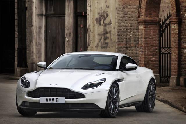 Sull Aston Martin Db11 Arriva Il V8