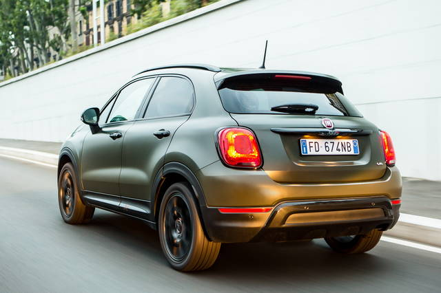 fiat 500x arriva l allestimento s design. Black Bedroom Furniture Sets. Home Design Ideas