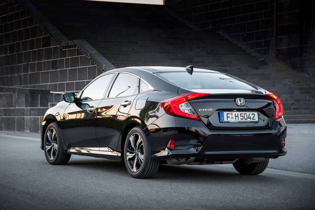 Honda Civic: arriva in Italia la 4 porte