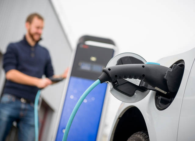 Auto elettriche nella PA: rinvio per mancanza di fondi