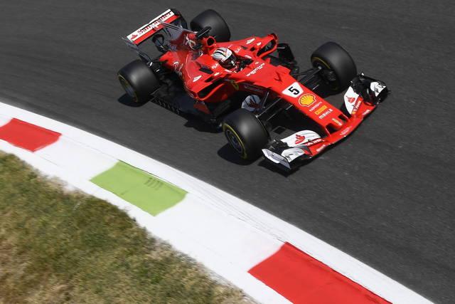 F1: Monza, fischi per rinvio qualifiche