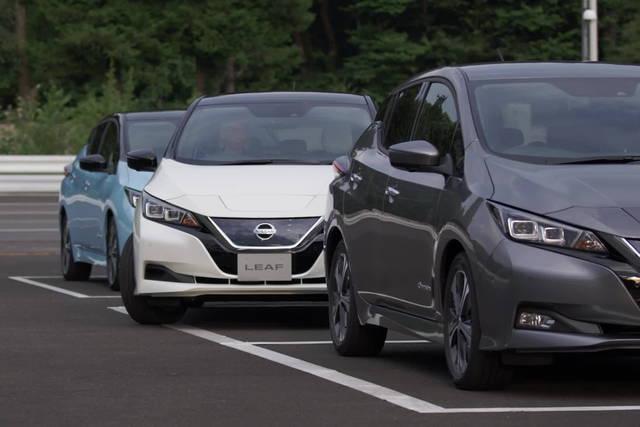 Provata la Nissan Leaf che parcheggia da sola