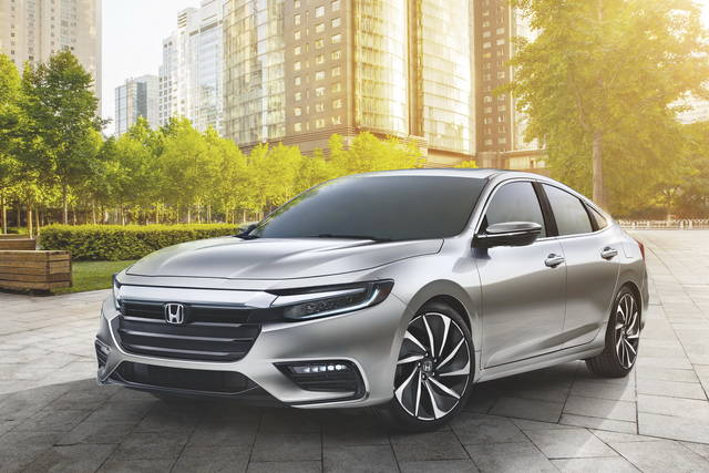 Honda Insight: linee più raffinate per la berlina ibrida