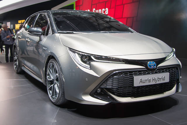 Toyota Auris In Italia Arriva Solo Ibrida