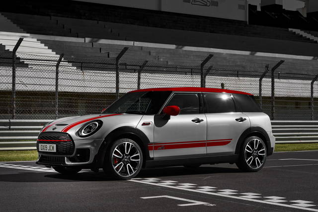 Mini Clubman e Countryman JCW salgono a quota 306 CV