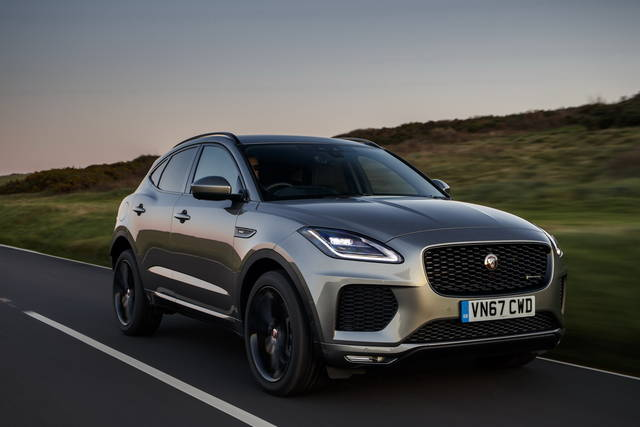 jaguar e pace prova scheda tecnica opinioni e dimensioni 2 0 300 cv hse awd automatica. Black Bedroom Furniture Sets. Home Design Ideas