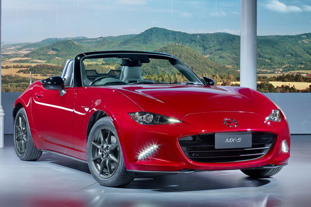 mazda mx 5 quattro generazioni a confronto. Black Bedroom Furniture Sets. Home Design Ideas