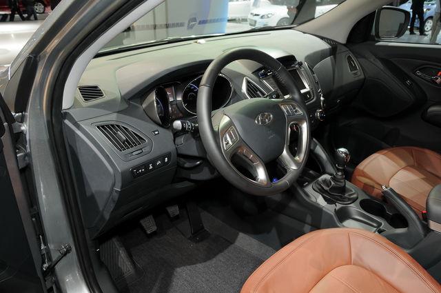 Hyundai ix35 francoforte 2009 4 resize
