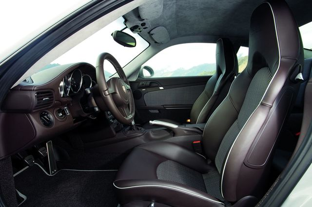 Porsche 911 sportclassic 5