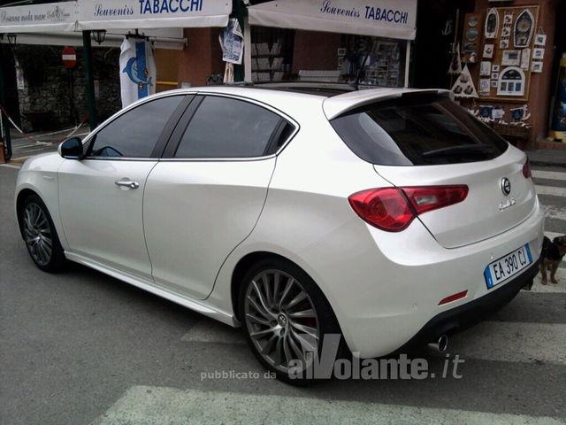 best sneakers b4668 5d500 Una Giulietta a Portofino