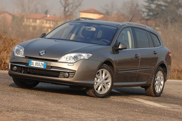 Renault laguna sportour dci 09