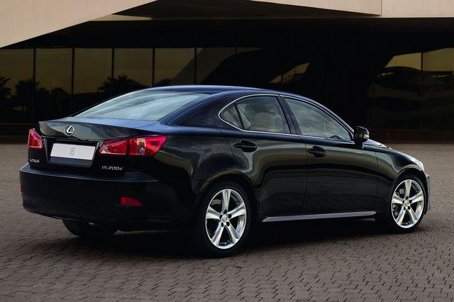 Lexus is 2010 08 03