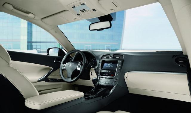 Lexus is 2010 08 10