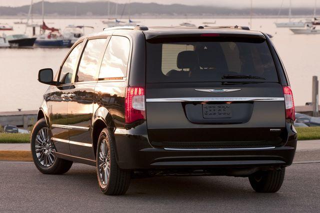 Chrysler grand voyager 2011 02
