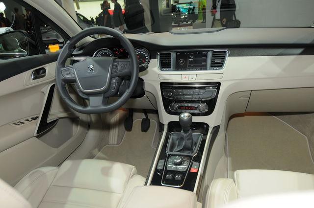 Peugeot 508 parigi 2010 3