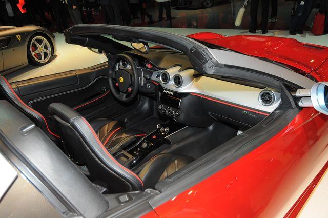 Ferrari sa apertas parigi 2010 31