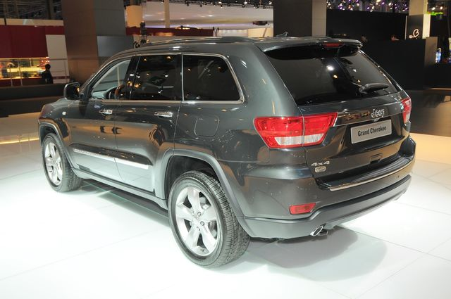 Jeep grand cherokee parigi 2010 09