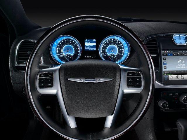 Chrysler 300c 2011 2010 12 18