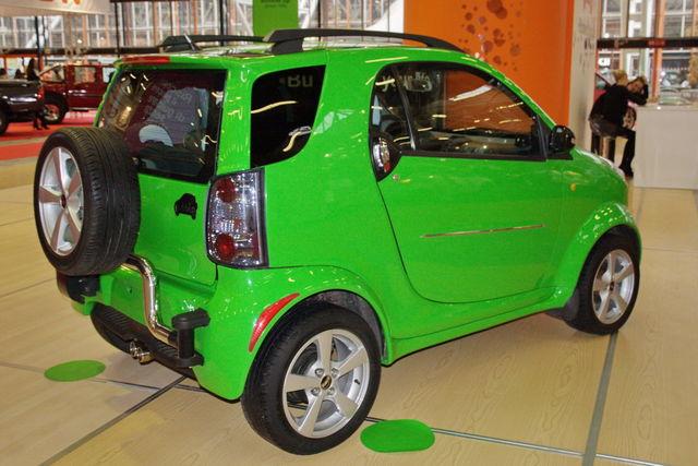 martin_motors_bubble_motor_show_2010_30.jpg