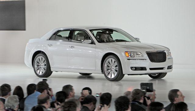 Chrysler 300c detroit 04