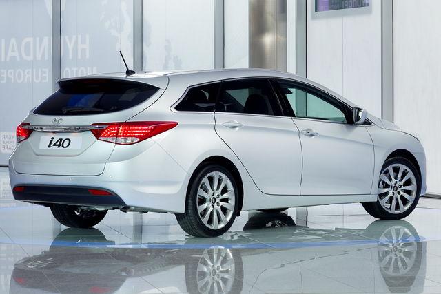 Hyundai i40 2011 02 2