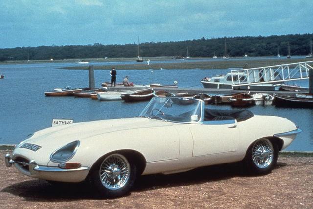 Jaguar e type 1971 07