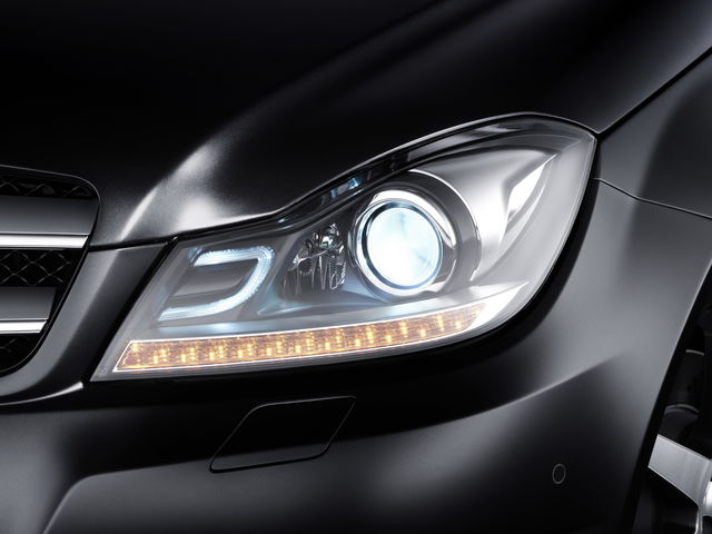 Mercedes classe c coupe uffic 09