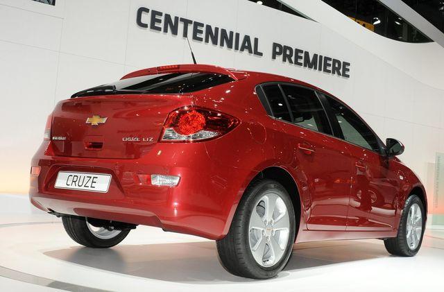 Chevrolet cruze 5p ginevra 2011 03