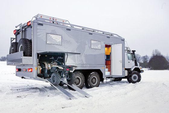 Mercedes zetros 6x6 camper 04