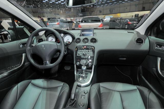Peugeot 308 ginevra 2011 04