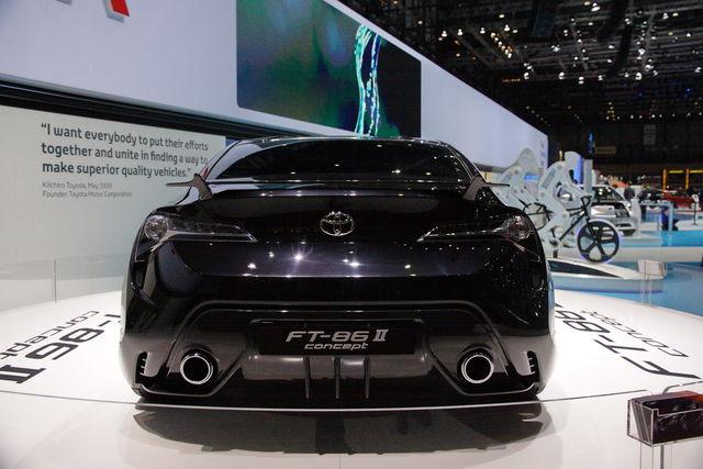 Toyota ft 86 2 ginevra 2011 7