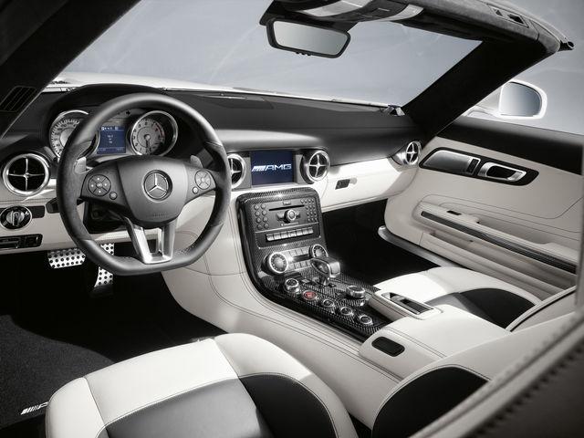 Mercedes sls roadster 17