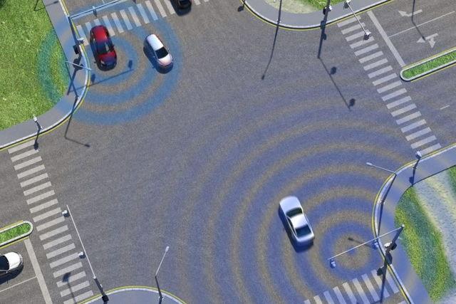 ford_safety_tour_intelligentvehiclesmartintersection_02.jpg