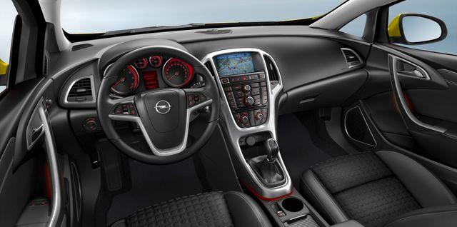 Opel astra gtc 06 2011 05