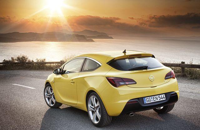 Opel astra gtc 06 2011 06