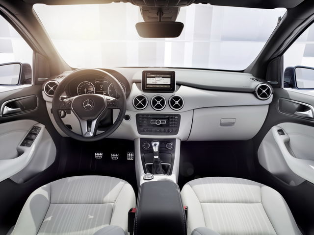 Mercedes classe b 2011 08 28