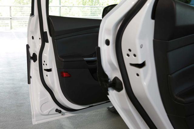 Ford focus door protect 10