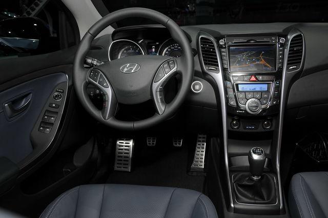 Hyundai i30 francoforte 16