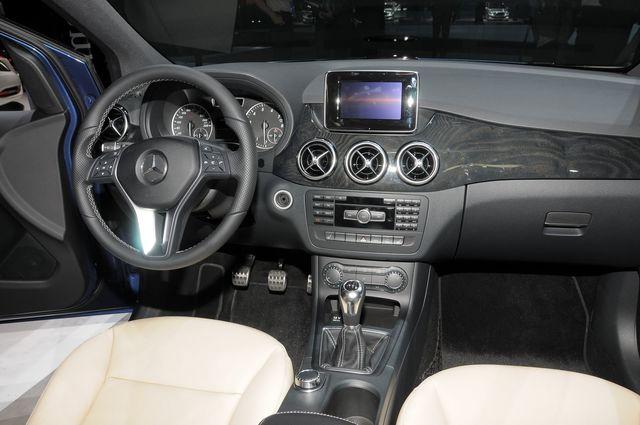 Mercedes classe b francoforte 2011 04