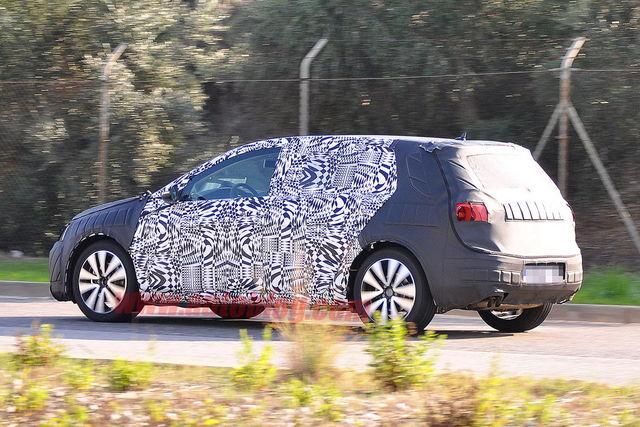 Volkswagen golf vii spy 11 2011 02